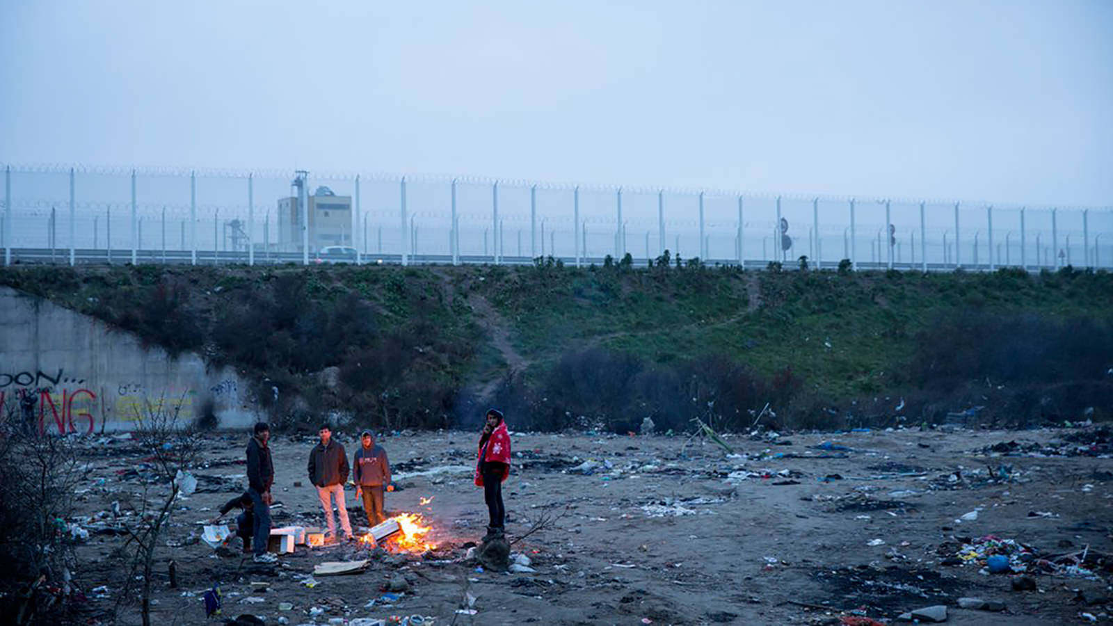 France: 'Jungle' camp demolitions and evictions must not bulldoze refugee rights