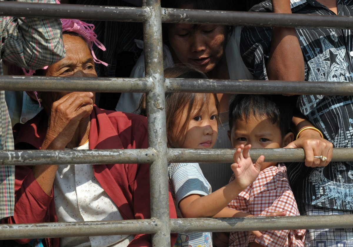 Thailand: Hard line on refugees leaves thousands vulnerable and at risk