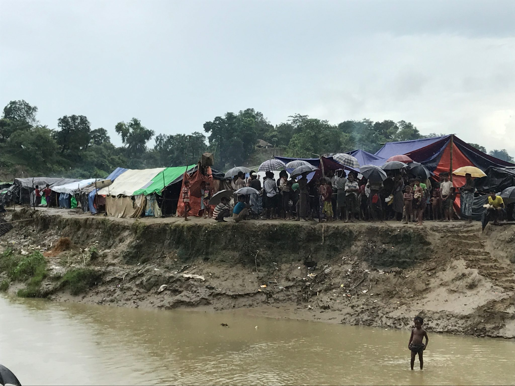 Rohingya crisis: Bangladesh should take help from global community to tide over humanitarian disaster