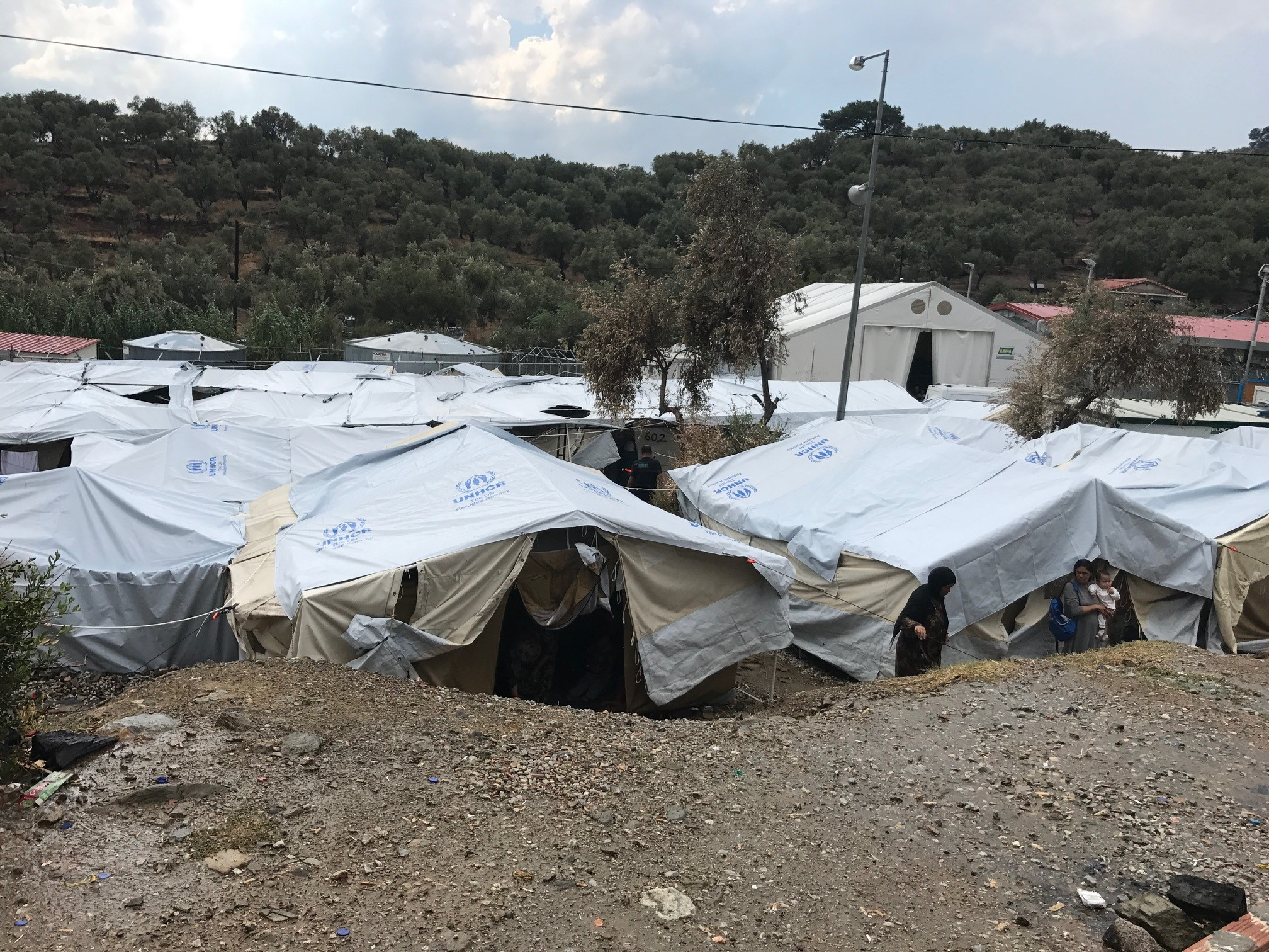 Greece/EU: Move asylum seekers to safety