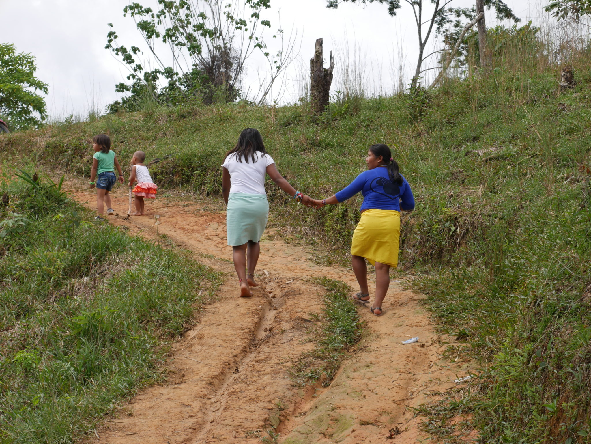 Colombia: Government fails to keep civilians safe as new threats go unchallenged