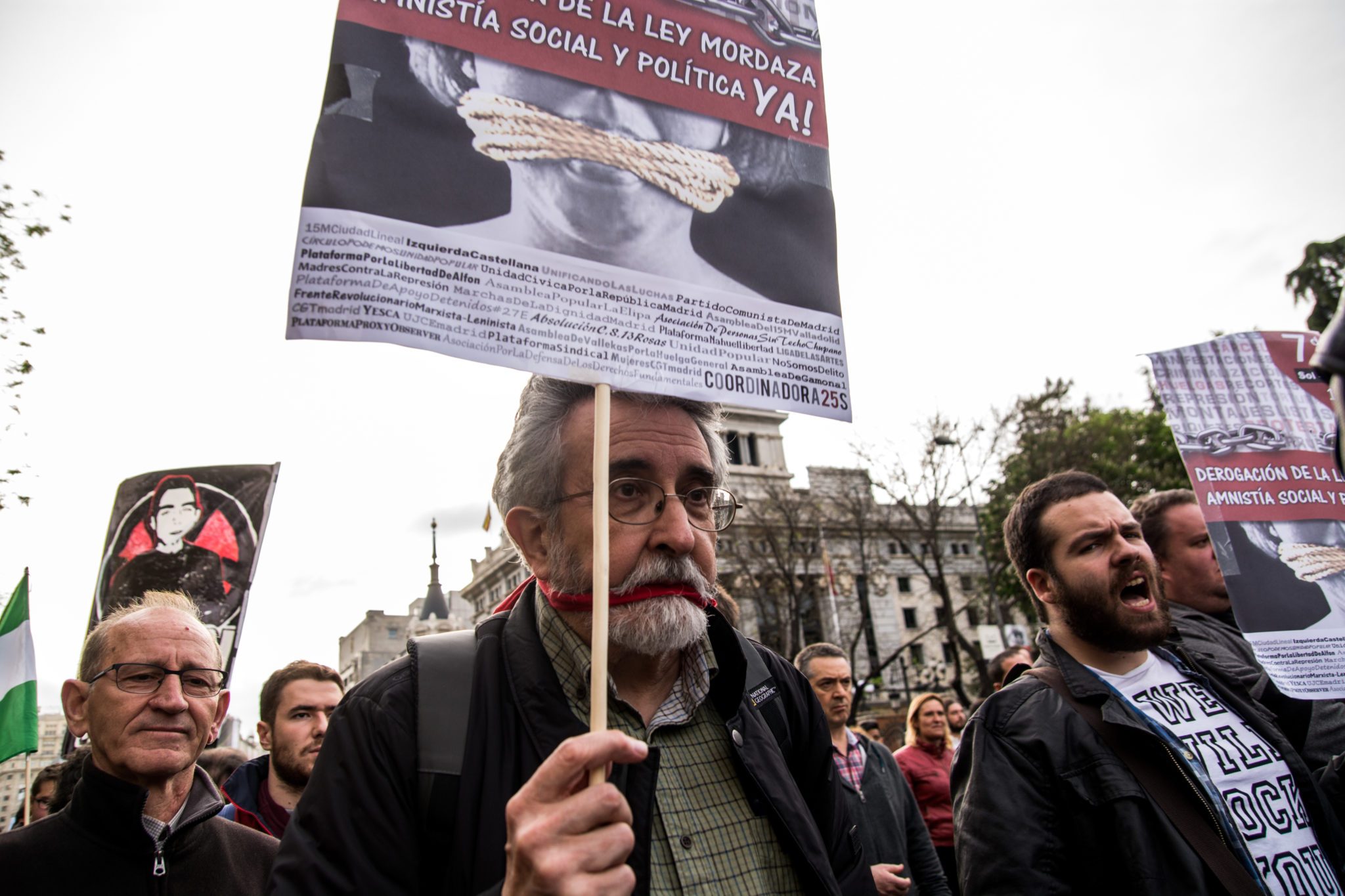 Spain: Tweet…If you dare: How counter-terrorism laws restrict freedom of expression in Spain