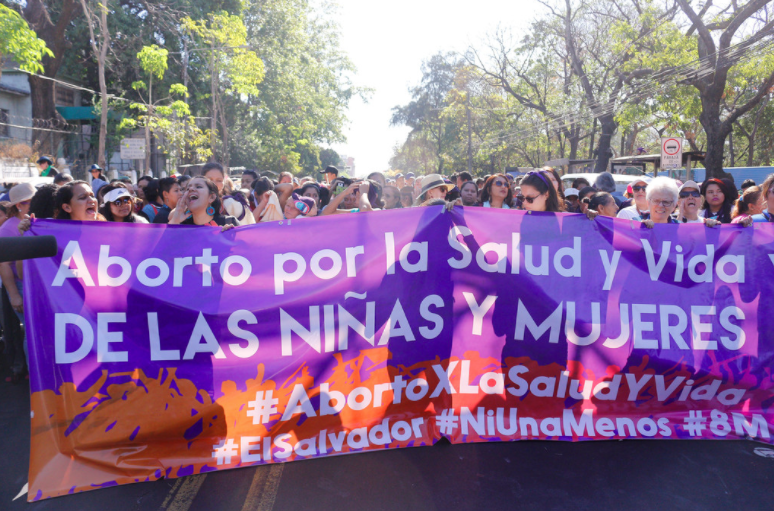 El Salvador: Lawmakers must approve bill to decriminalise abortion