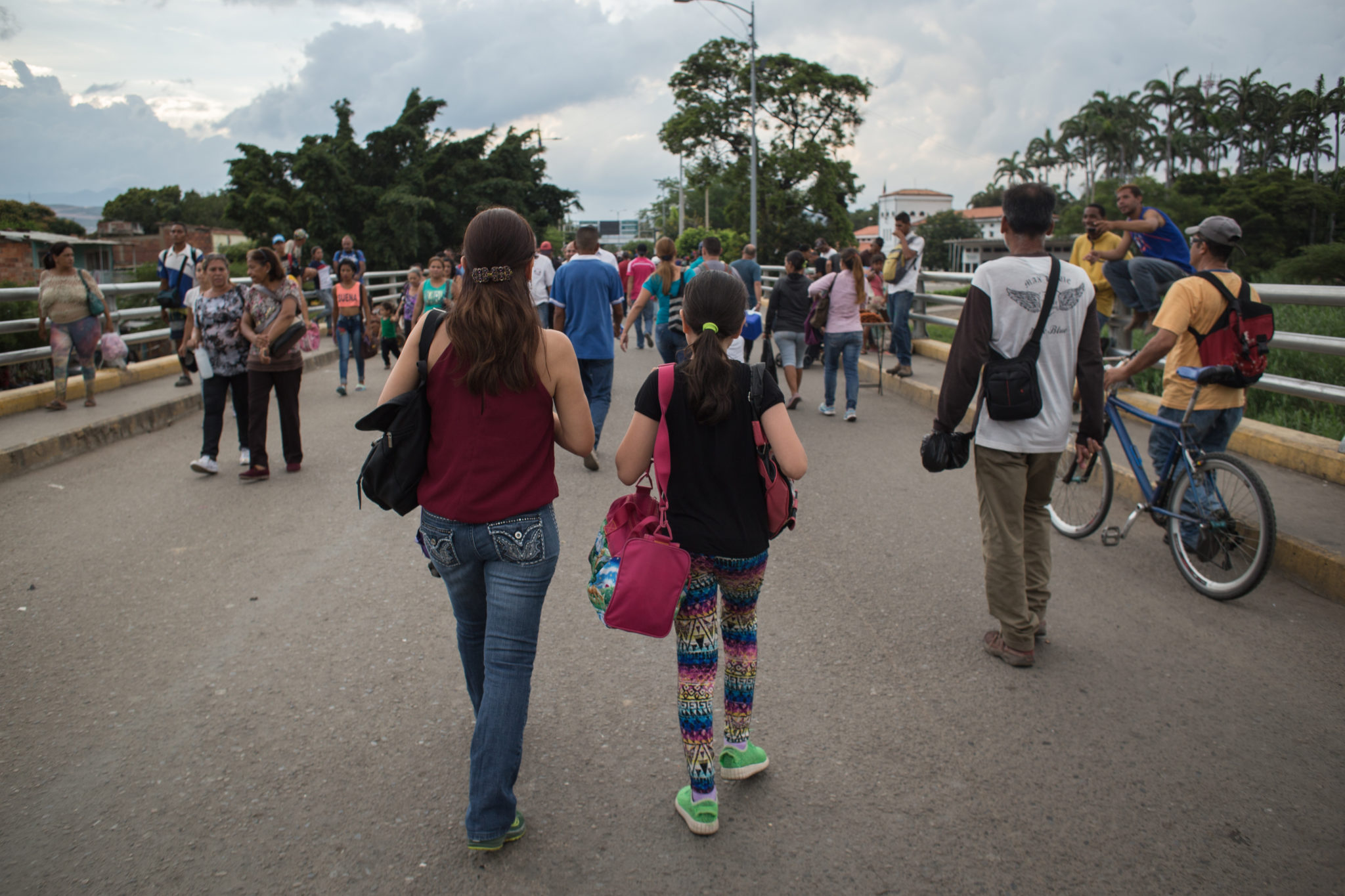 Venezuela: Regional governments must provide protection for people fleeing the country