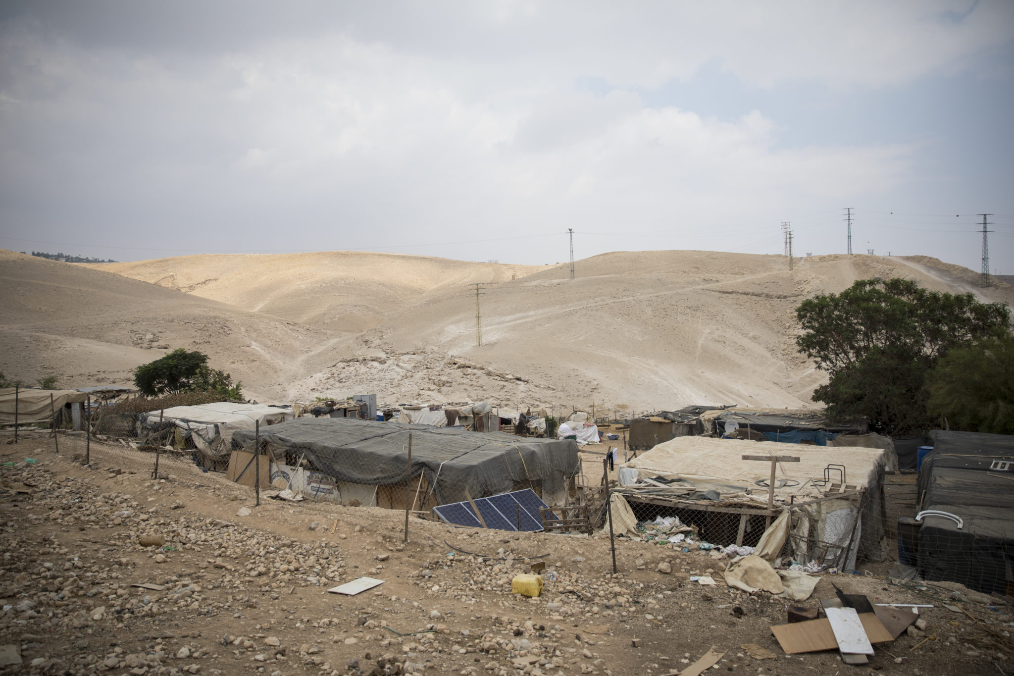 Israel/OPT: Demolition of Palestinian village of Khan al-Ahmar is cruel blow and war crime