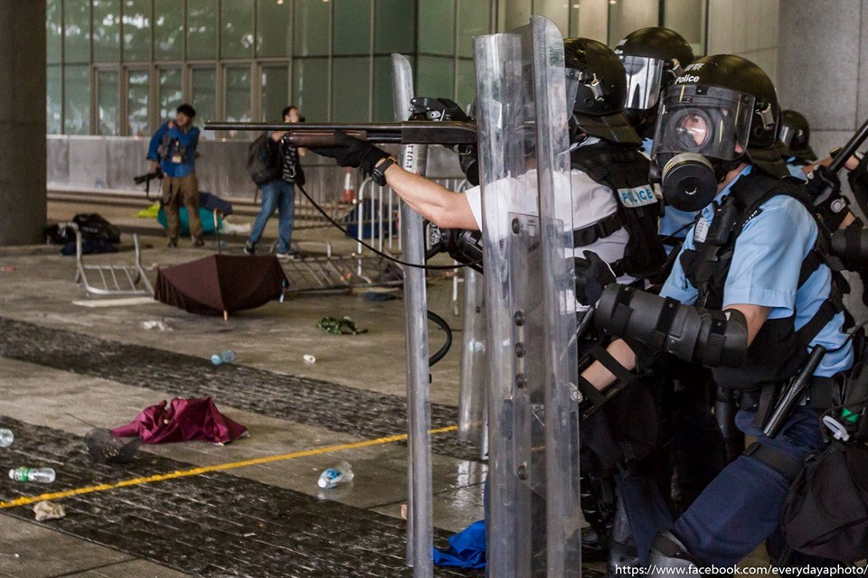 Hong Kong: Shooting of protester must be investigated amid alarming escalation of police use of force