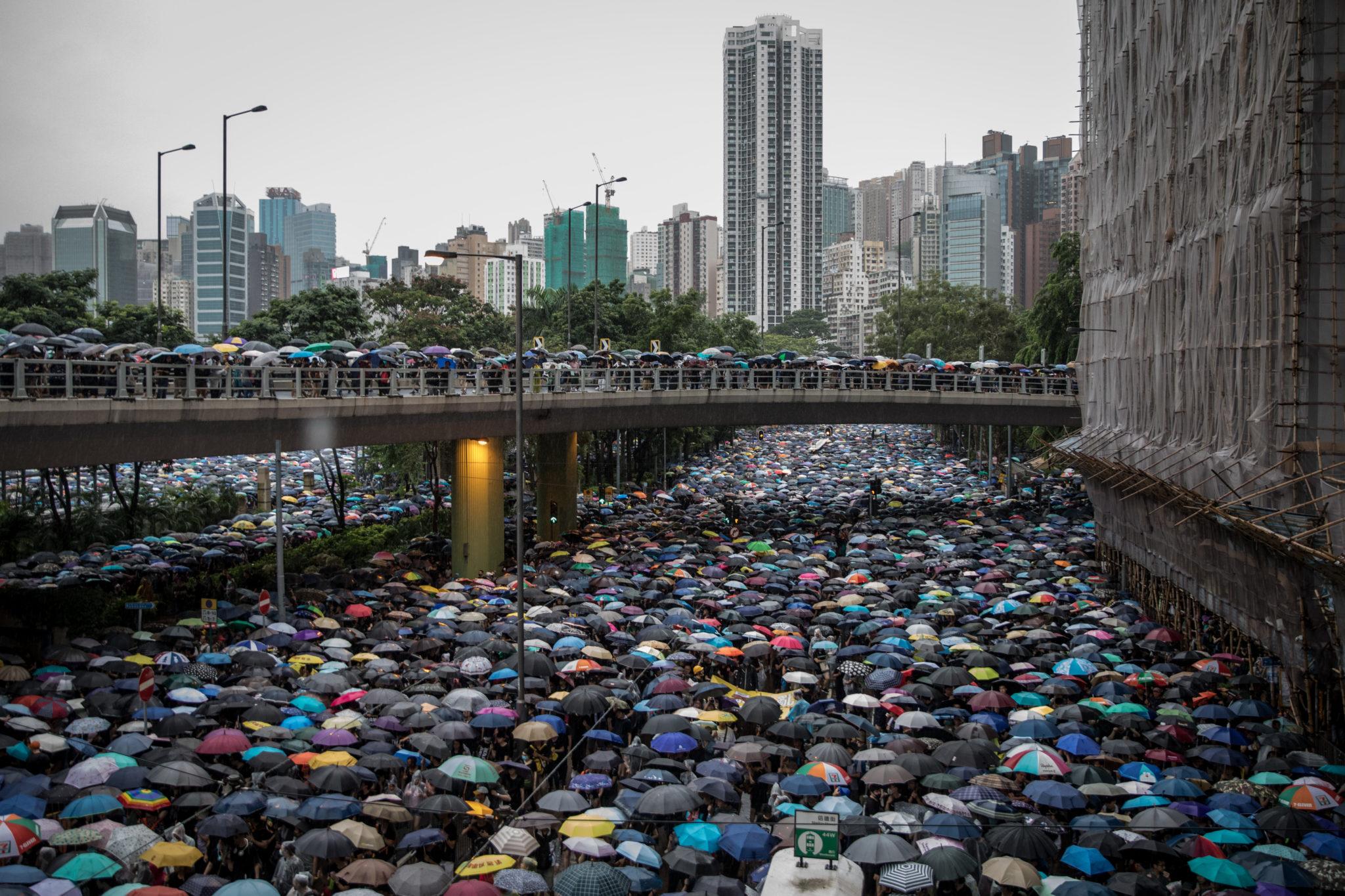 Hong Kong: Vicious attack against pro-democracy protest organiser