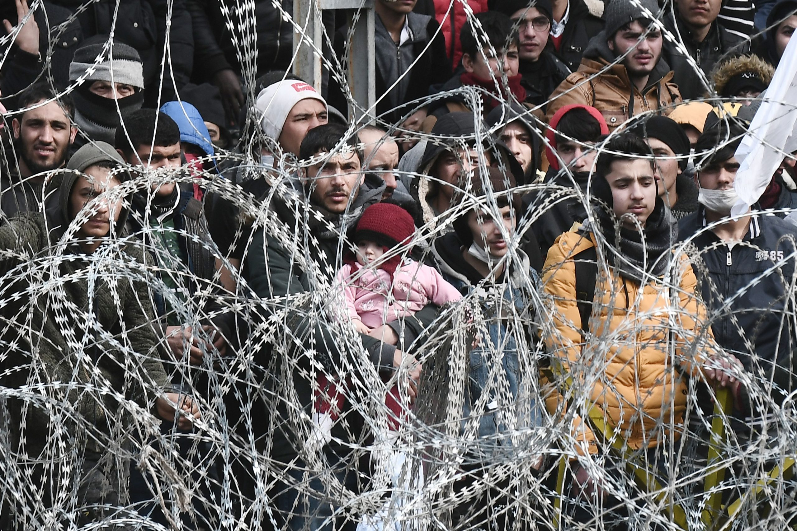 Greece: Inhumane asylum measures will put lives at risk