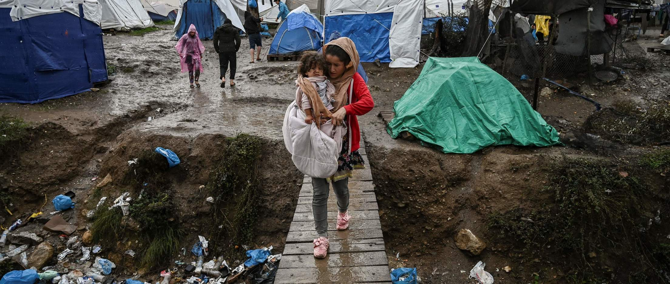 Global: Ignored by COVID-19 responses, refugees face starvation