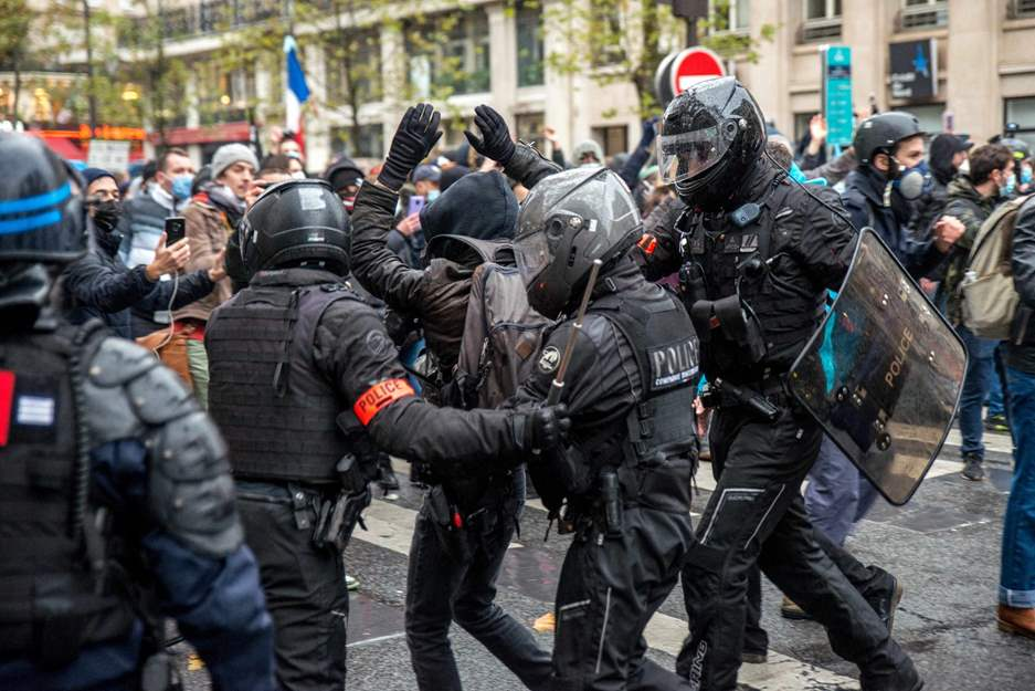 France: Authorities silence dissent against controversial global security bill